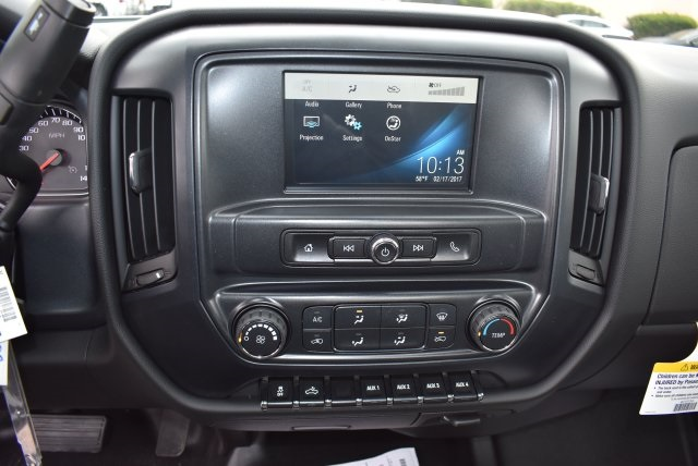 2017 Silverado 3500 Regular Cab, Utility #M17402 - photo 24