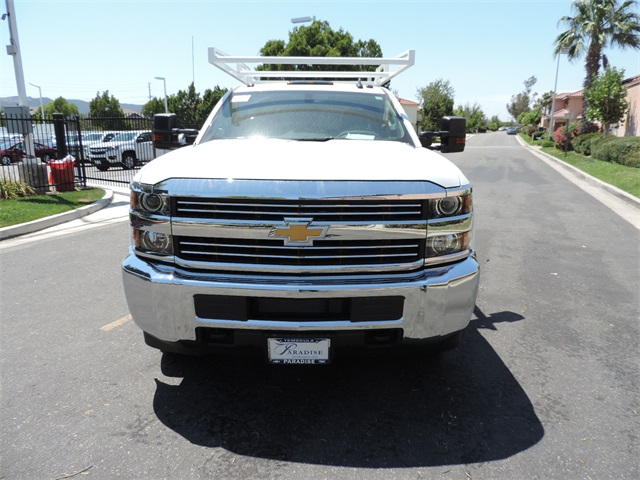 2017 Silverado 3500 Crew Cab, Contractor Body #M17410 - photo 4