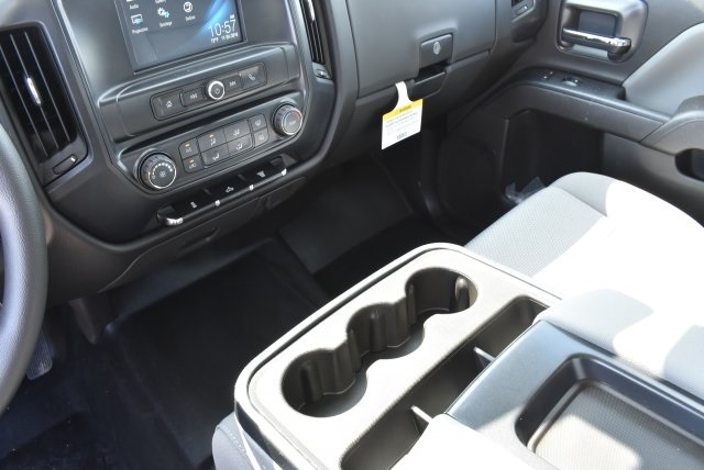 2017 Silverado 3500 Crew Cab, Harbor Utility #M17416 - photo 25