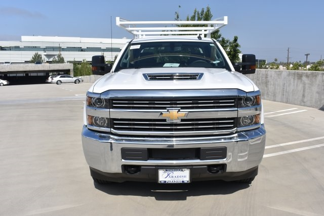 2017 Silverado 3500 Crew Cab, Harbor Utility #M17416 - photo 4