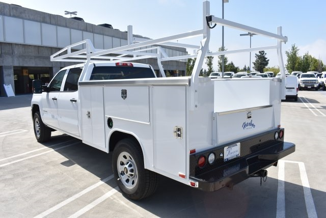 2017 Silverado 3500 Crew Cab, Harbor Utility #M17416 - photo 7