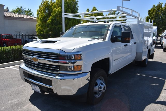 2017 Silverado 3500 Crew Cab, Harbor Combo Body #M17444 - photo 5