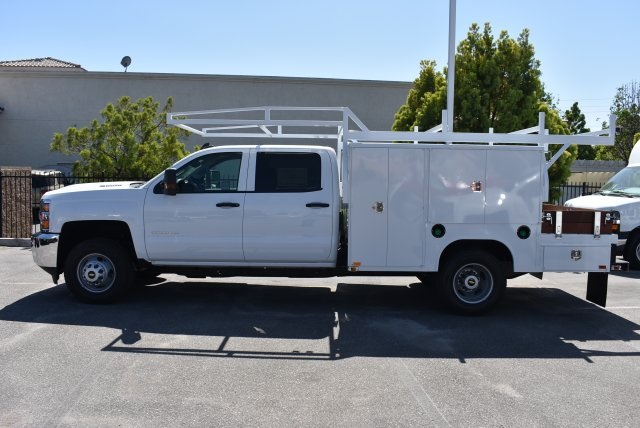 2017 Silverado 3500 Crew Cab, Harbor Combo Body #M17444 - photo 6