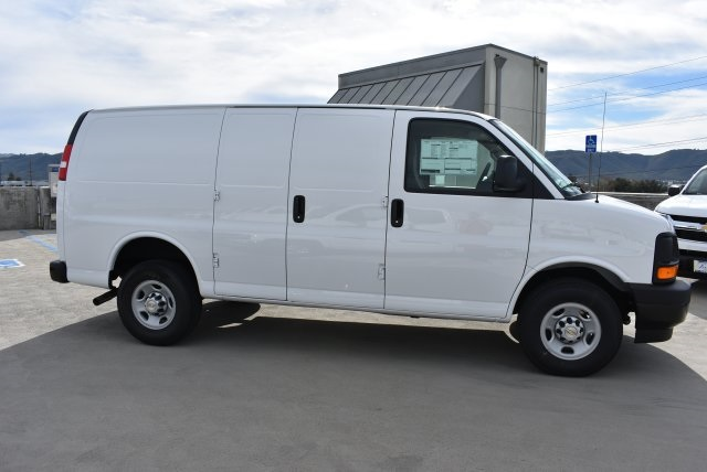 2017 Express 2500, Cargo Van #M17454 - photo 9