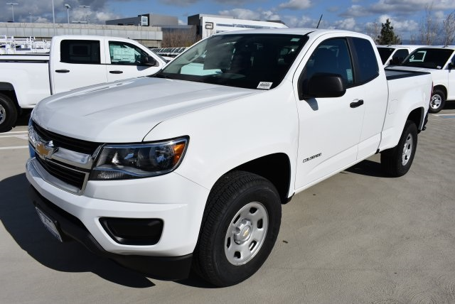 2017 Colorado Double Cab, Pickup #M17475 - photo 5