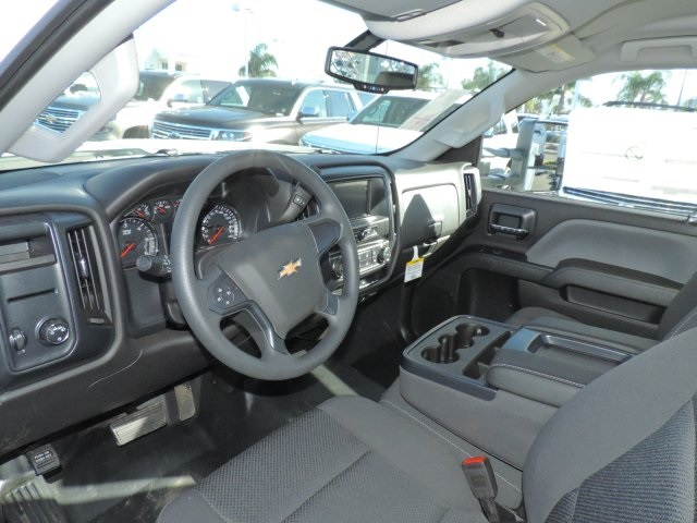 2017 Silverado 3500 Regular Cab DRW, Harbor Contractor Body #M17476 - photo 17