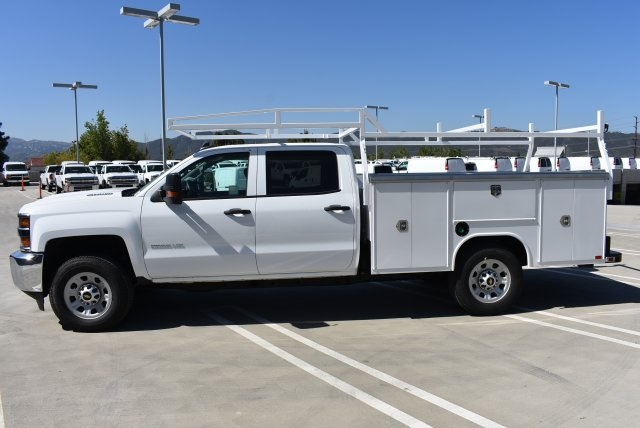 2017 Silverado 3500 Crew Cab, Harbor Utility #M17540 - photo 6