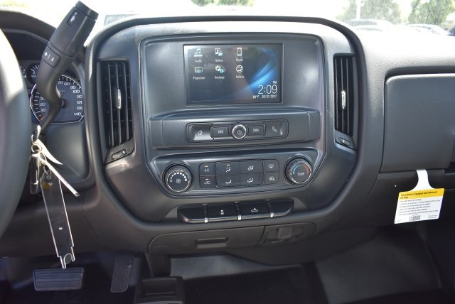 2017 Silverado 1500 Crew Cab 4x4,  Pickup #M17560 - photo 18