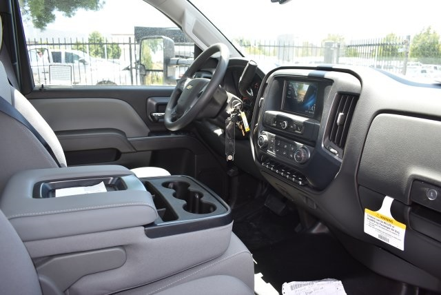2017 Silverado 3500 Regular Cab, Knapheide Contractor Body #M17593 - photo 15