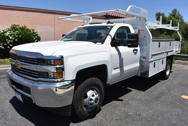 2017 Silverado 3500 Regular Cab, Knapheide Contractor Body #M17593 - photo 5