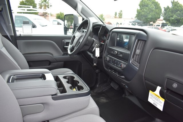 2017 Silverado 2500 Crew Cab, Harbor Utility #M17597 - photo 15