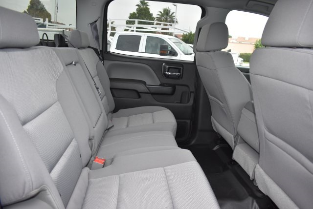 2017 Silverado 2500 Crew Cab, Harbor Utility #M17597 - photo 18