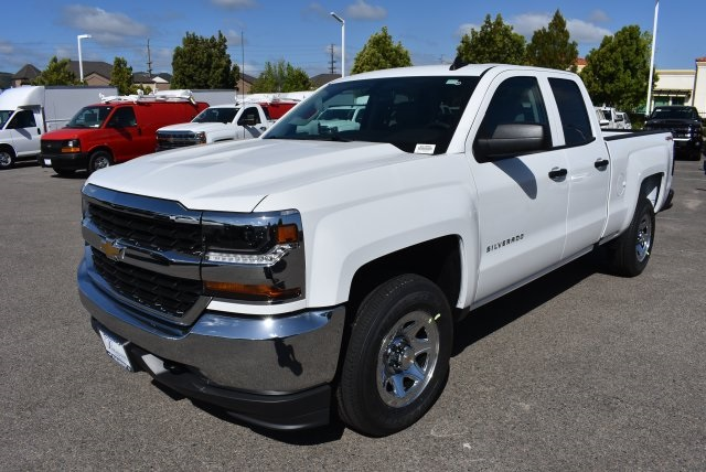 2017 Silverado 1500 Double Cab 4x4, Pickup #M17600 - photo 5