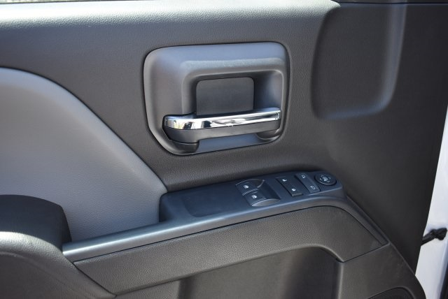 2017 Silverado 3500 Regular Cab, Harbor Combo Body #M17620 - photo 20