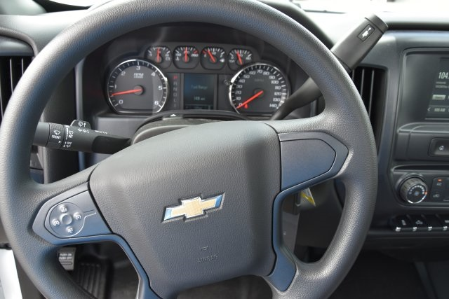 2017 Silverado 3500 Regular Cab, Royal Utility #M17621 - photo 28