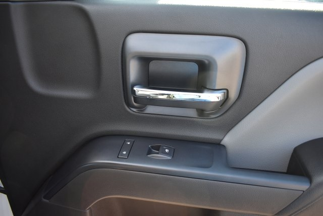 2017 Silverado 3500 Crew Cab, Harbor Utility #M17624 - photo 16