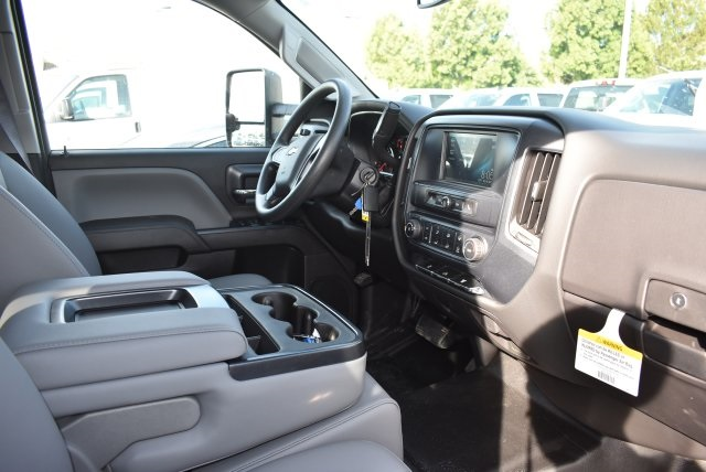 2017 Silverado 3500 Crew Cab, Harbor Utility #M17636 - photo 15