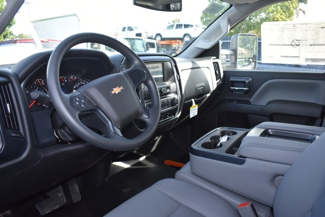 2017 Silverado 3500 Crew Cab, Harbor Utility #M17637 - photo 20