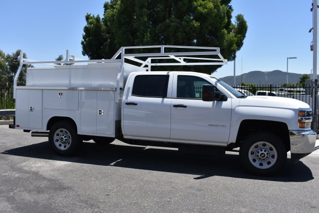 2017 Silverado 3500 Crew Cab, Harbor Utility #M17638 - photo 8