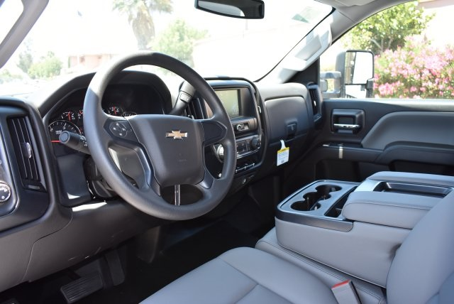 2017 Silverado 3500 Crew Cab, Harbor Utility #M17638 - photo 22