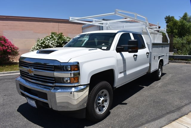 2017 Silverado 3500 Crew Cab, Harbor Utility #M17638 - photo 4