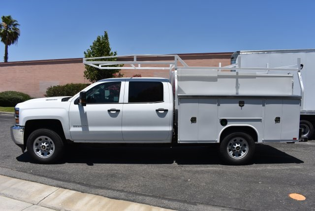 2017 Silverado 3500 Crew Cab, Harbor Utility #M17638 - photo 5