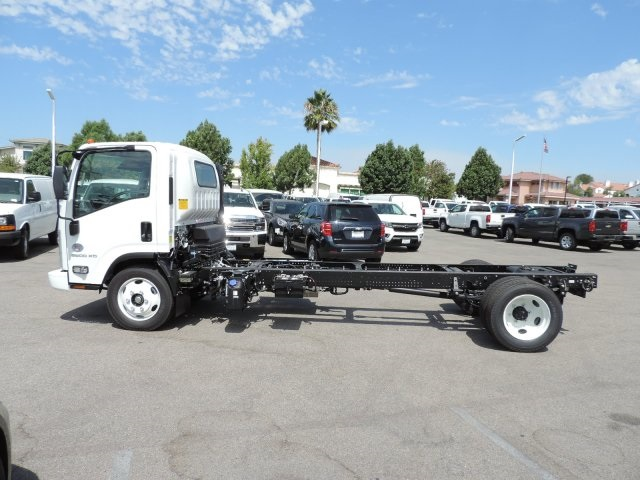 2017 Low Cab Forward Regular Cab, Cab Chassis #M1767 - photo 6