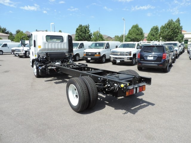 2017 Low Cab Forward Regular Cab, Cab Chassis #M1768 - photo 7