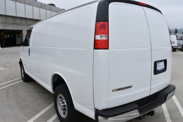 2017 Express 2500 Cargo Van #M17746 - photo 6