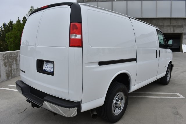 2017 Express 2500 Cargo Van #M17746 - photo 8