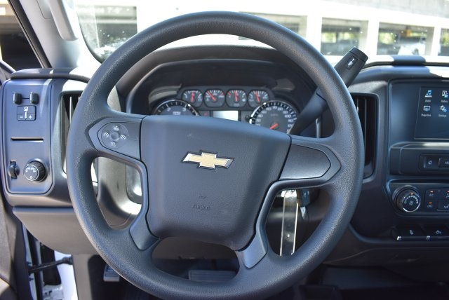2017 Silverado 3500 Crew Cab 4x4, Harbor Combo Body #M17791 - photo 22