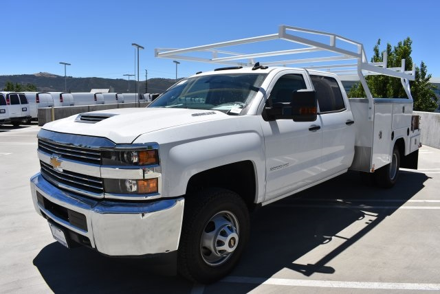2017 Silverado 3500 Crew Cab 4x4, Harbor Combo Body #M17791 - photo 5