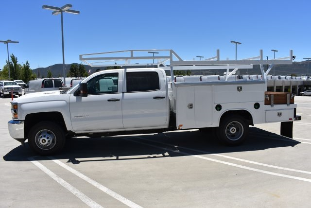 2017 Silverado 3500 Crew Cab 4x4, Harbor Combo Body #M17791 - photo 6
