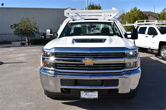 2017 Silverado 3500 Regular Cab, Royal Contractor Body #M17842 - photo 4