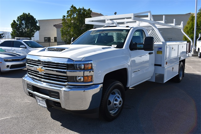 2017 Silverado 3500 Regular Cab, Royal Contractor Body #M17842 - photo 5