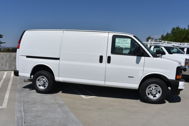 2017 Express 2500 Cargo Van #M17848 - photo 10