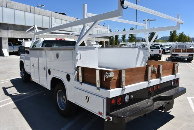 2017 Silverado 3500 Regular Cab, Harbor ComboMaster Combo Body #M17861 - photo 6