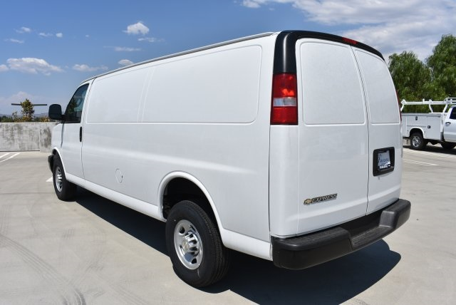 2017 Express 2500 Cargo Van #M17912 - photo 6