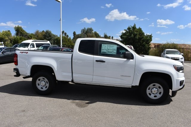 2017 Colorado Double Cab 4x4 Pickup #M17983 - photo 9