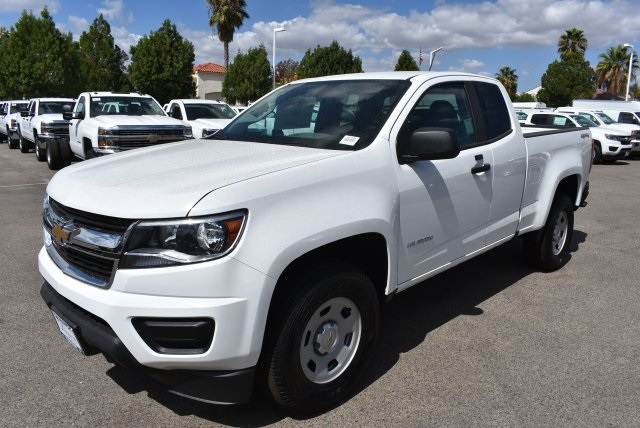 2017 Colorado Double Cab 4x4 Pickup #M17983 - photo 5