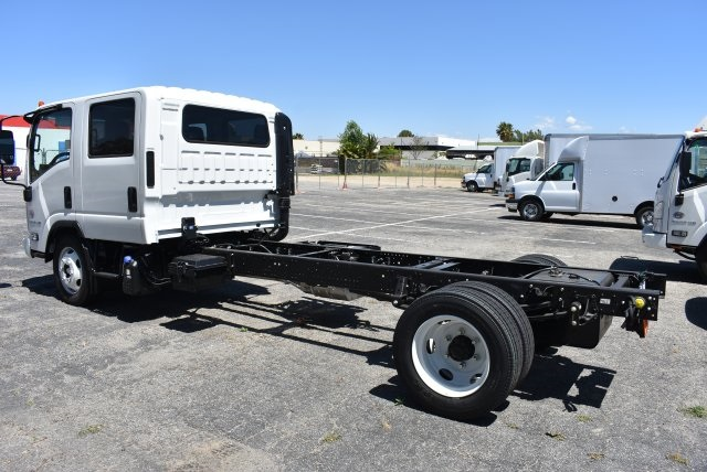 2018 LCF 5500HD Crew Cab Cab Chassis #M18000 - photo 6
