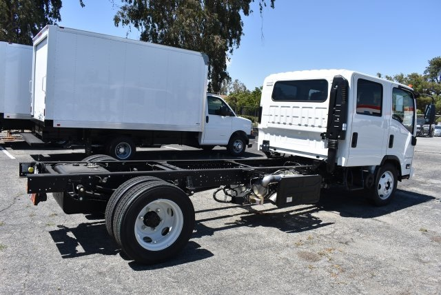 2018 LCF 5500HD Crew Cab Cab Chassis #M18000 - photo 2