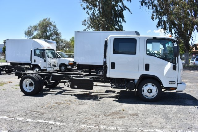2018 LCF 5500HD Crew Cab Cab Chassis #M18000 - photo 8