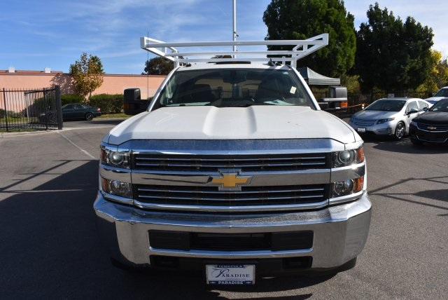 2018 Silverado 3500 Crew Cab DRW, Harbor Utility #M18146 - photo 4