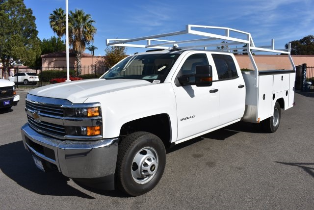 2018 Silverado 3500 Crew Cab DRW, Harbor Utility #M18146 - photo 5