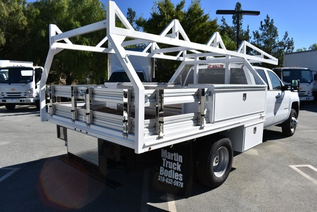2018 Silverado 3500 Crew Cab DRW 4x2,  Harbor Combo Body #M18171 - photo 2