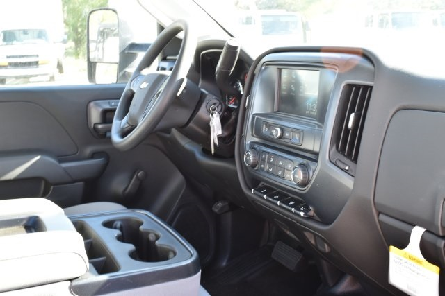 2018 Silverado 3500 Regular Cab DRW 4x2,  Royal Utility #M181741 - photo 16