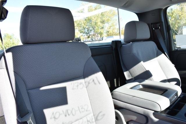 2018 Silverado 3500 Regular Cab DRW 4x2,  Royal Utility #M181741 - photo 18