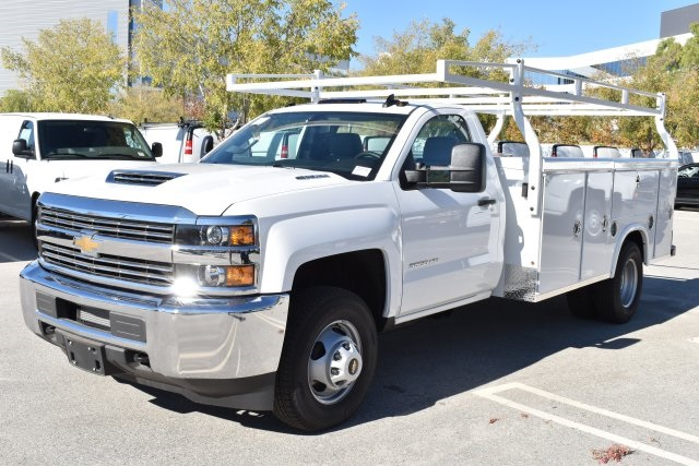 2018 Silverado 3500 Regular Cab DRW 4x2,  Royal Utility #M181741 - photo 4