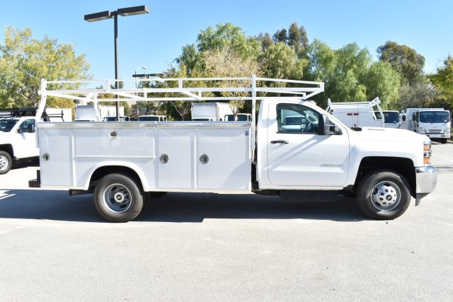 2018 Silverado 3500 Regular Cab DRW 4x2,  Royal Utility #M181741 - photo 8